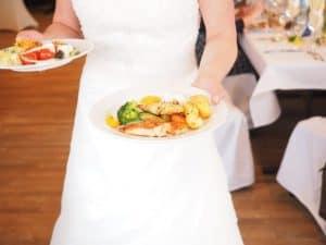 nutritie-ce-mancam-la-nunta-alimentatie-sanatoasa